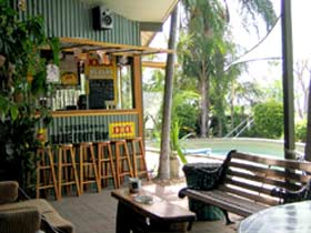 Backpackers By The Bay - tourismnoosa.com