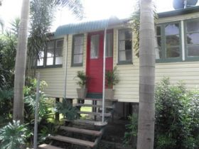 The Red Ginger Bungalow - tourismnoosa.com
