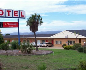 Econo Lodge Bayview Motel - tourismnoosa.com