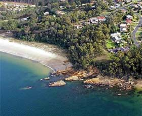 Gibsons by the Beach - tourismnoosa.com