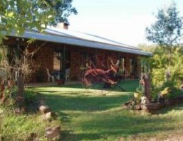 Twilight Grove Farm Bed and Breakfast  - tourismnoosa.com