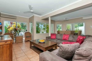 The Villas Palm Cove - tourismnoosa.com