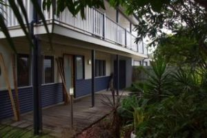 Moffat Beach Pet Friendly Holiday House - tourismnoosa.com
