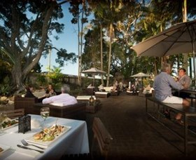 Waterloo Bay Hotel - tourismnoosa.com
