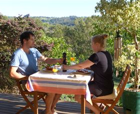 Simba Sunrise Bed and Breakfast - tourismnoosa.com