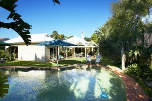 Waratah Brighton Boutique Bed And Breakfast - tourismnoosa.com