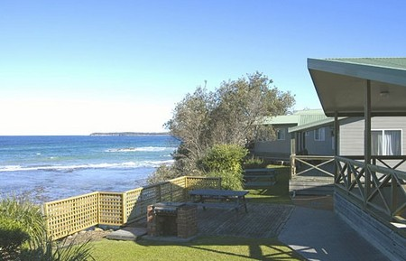 Berrara Beach Holiday Chalets - tourismnoosa.com