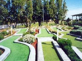 West Beach Mini Golf - tourismnoosa.com