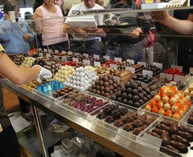 Poppys Chocolate - tourismnoosa.com