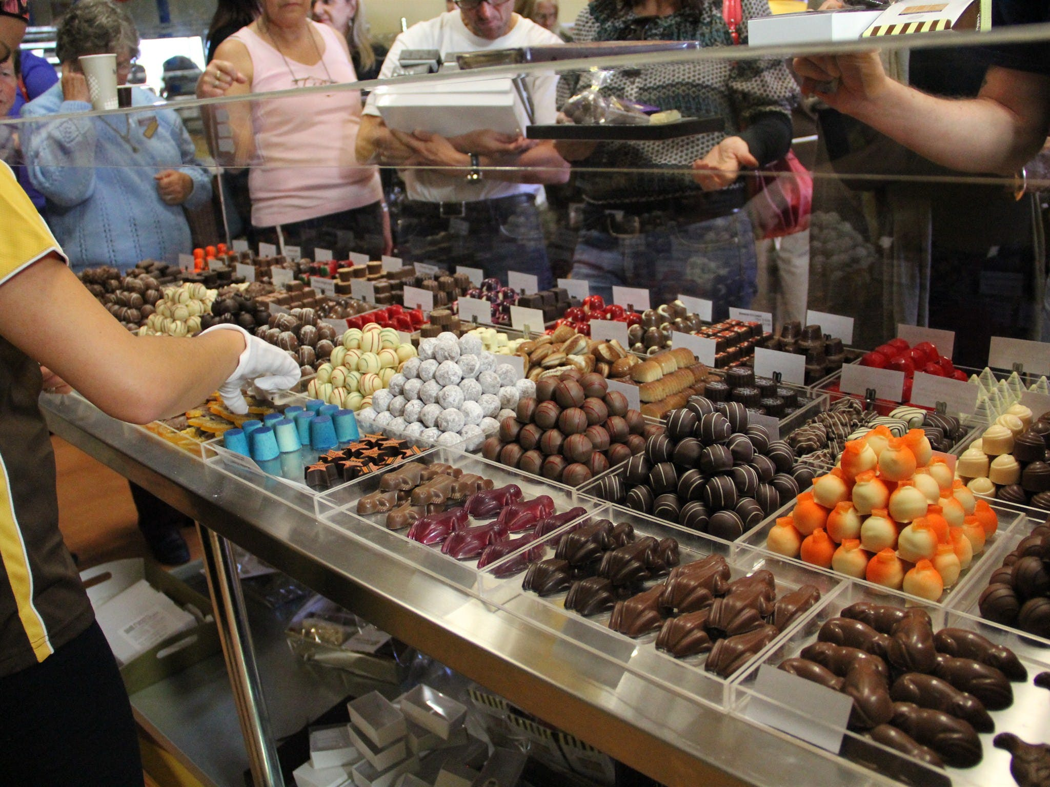 Poppy's Chocolate - tourismnoosa.com