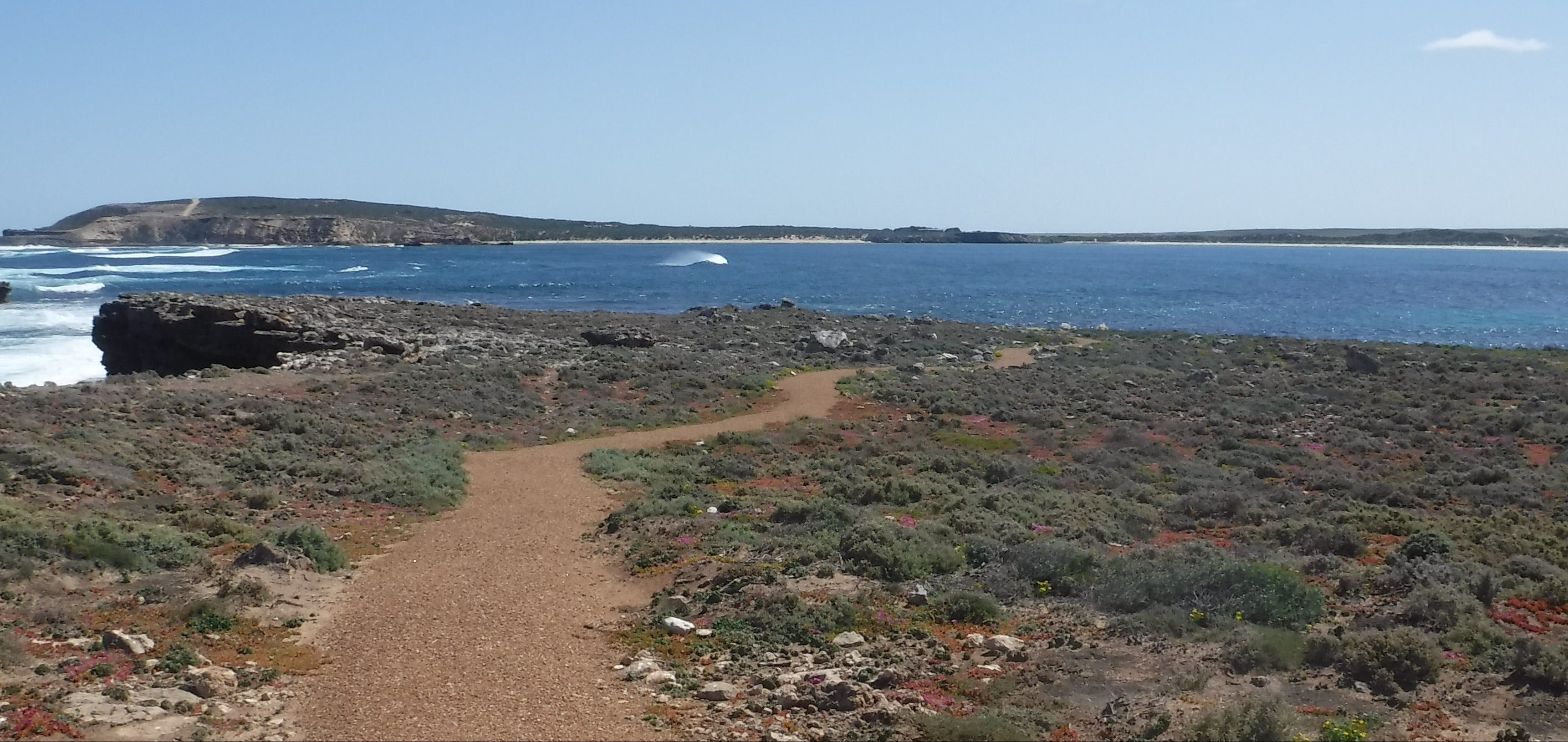 Elliston Coastal Trail - tourismnoosa.com