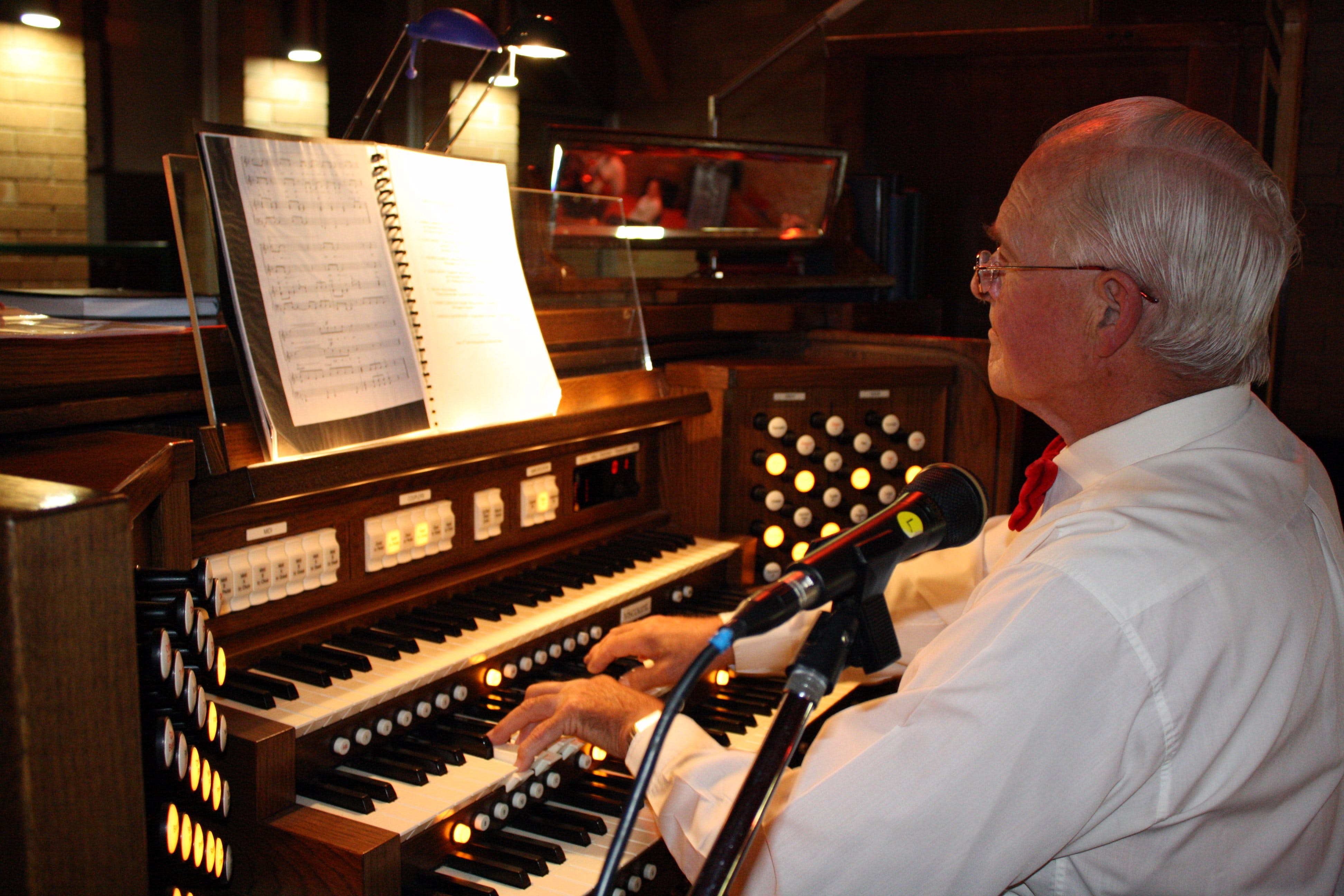 St Bartholomews Largest Digital Pipe Organ in the Southern Hemisphere - tourismnoosa.com
