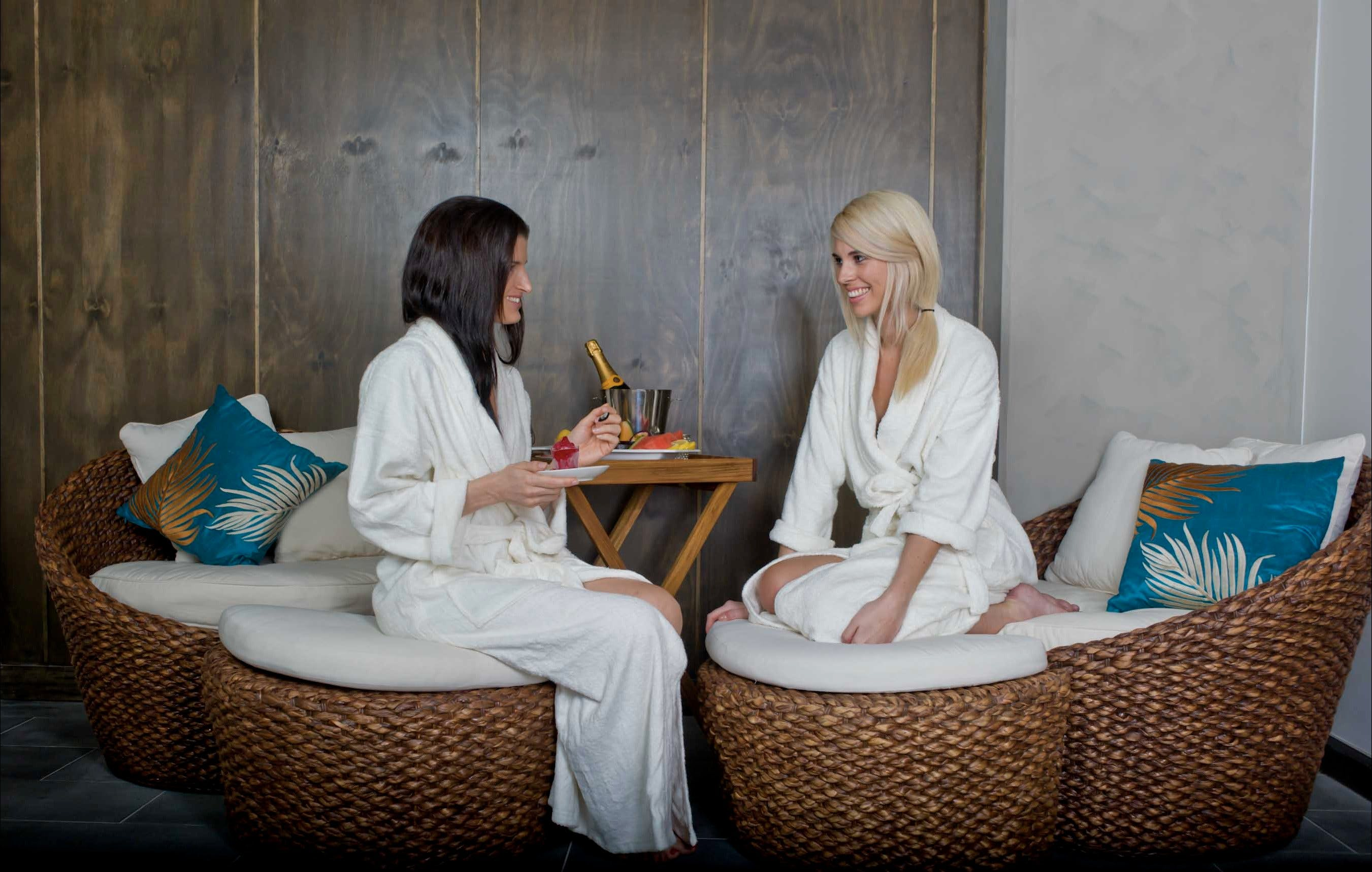 Stephanies Ocean Spa - tourismnoosa.com