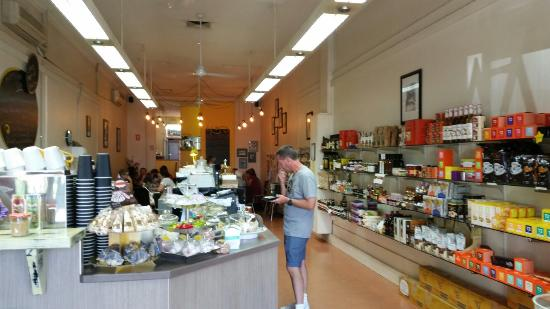 Yellow Belly Deli - tourismnoosa.com