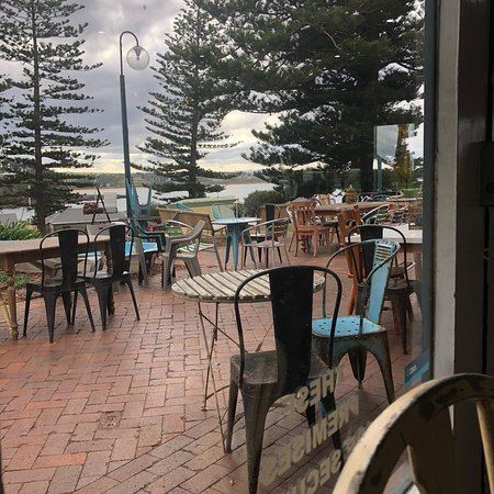 Milkandhoney Cafe - tourismnoosa.com