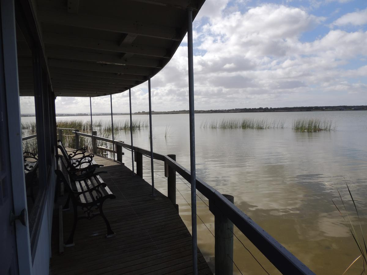 PS Federal Retreat Paddle Steamer Goolwa - tourismnoosa.com
