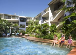 Flynns Beach Resort - tourismnoosa.com