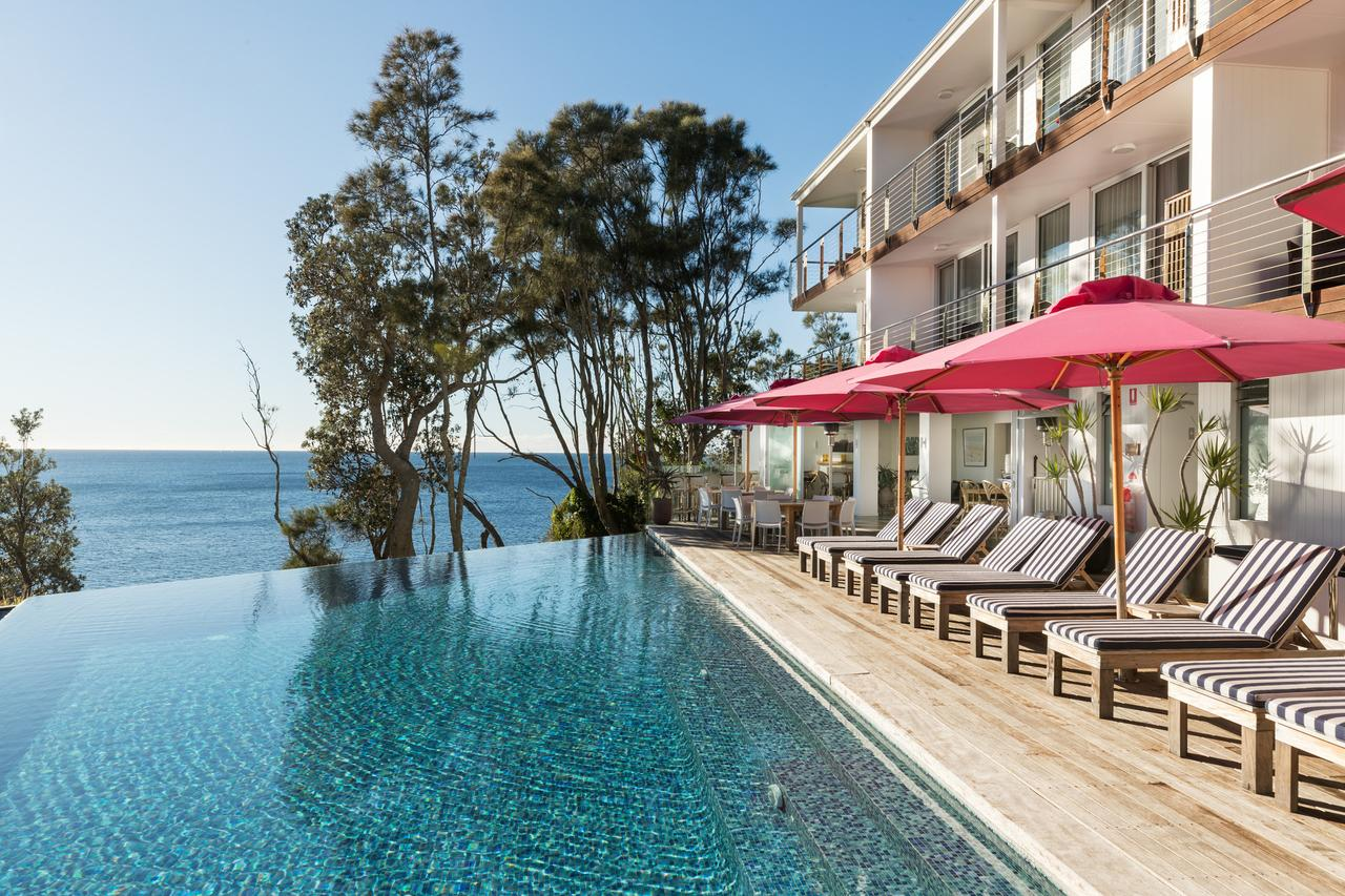 Bannisters by the Sea - tourismnoosa.com