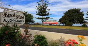 Birchwood Devonport self-contained self catering accommodation - tourismnoosa.com