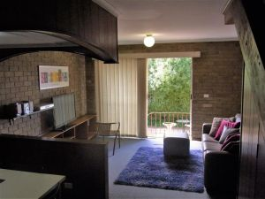 A Furnished Townhouse in Goulburn - tourismnoosa.com