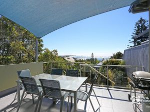 Angourie Blue 1 - Great Ocean Views - Surfing beaches - tourismnoosa.com
