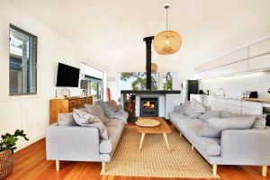 Ayana Beach House - Pet Friendly - Opposite Beach - tourismnoosa.com